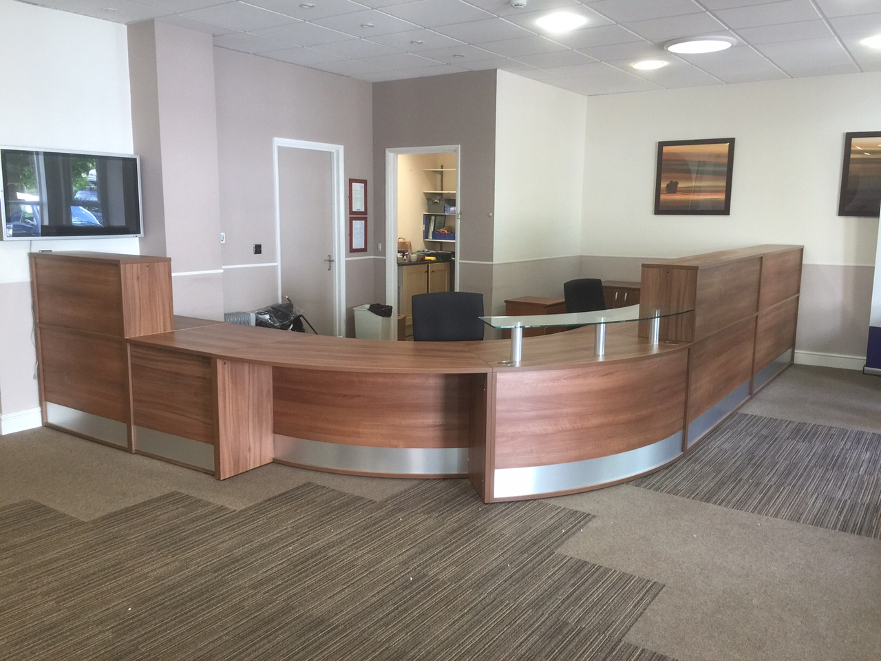 reception counter with low disabled access desking