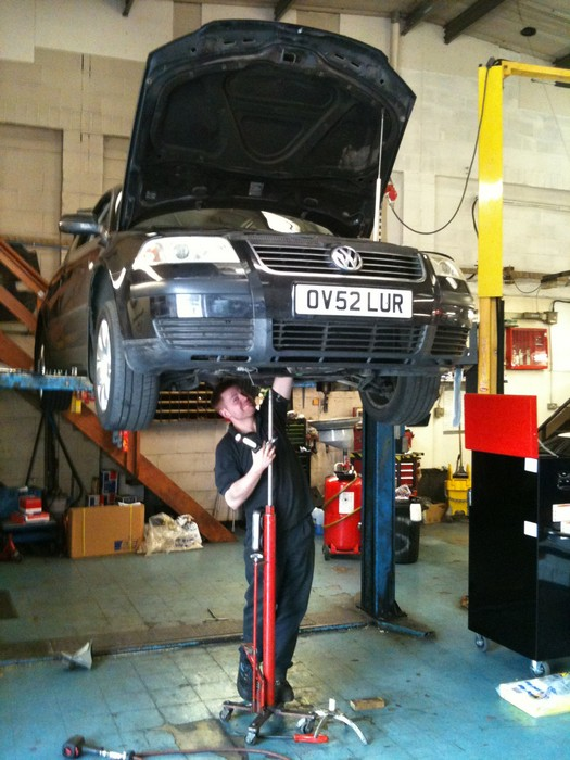 CAR SERVICING AYLESBURY | CAR REPAIRS AYLESBURY | CAR SERVICE AYLESBURY